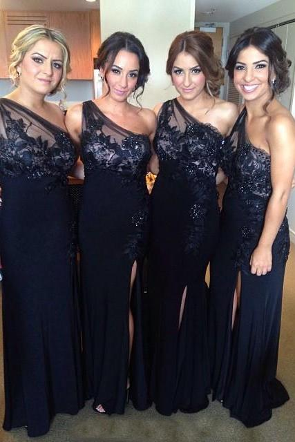 Black Bridesmaid Dress, One Shoulder Bridesmaid Dress, Sexy Bridesmaid Dress, Lace Applique Bridesmaid Dress, Long Bridesmaid Dress, Cheap Bridesmaid Dress, Bridesmaid Dresses 2017, Elegant Bridesmaid Dress, Vestido De Longo De Festa